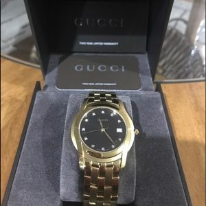 Unisex authentic Gucci watch